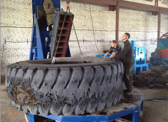 Jaw Type Tyre Cutting Machine